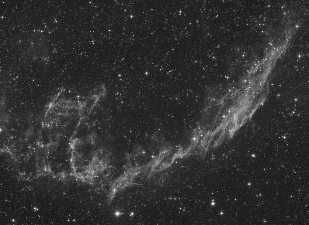Dentelles du Cygne NGC6992en Luminance et Ha